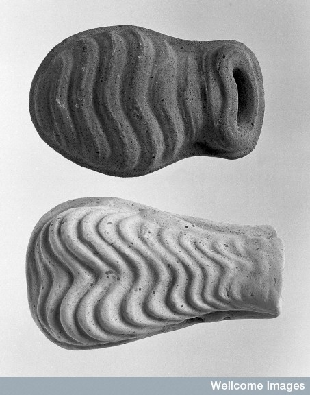 L0009877 Roman offerings: models of uterus.
